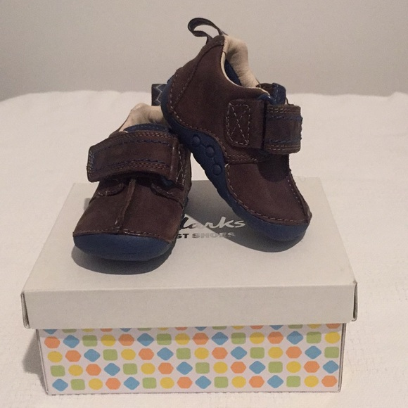 78aada50 Brand NEW Clarks First Shoes for babies NWT